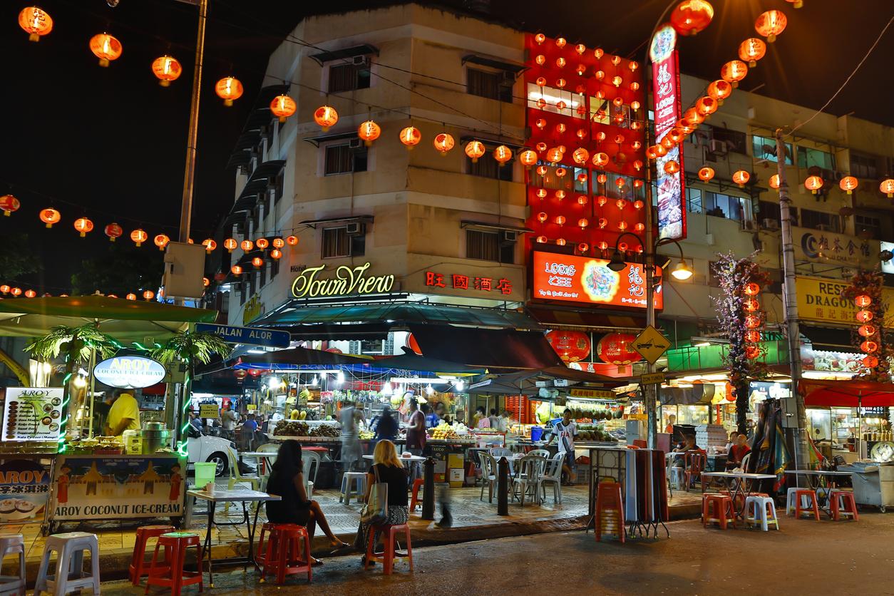 jalan-alor-kuala-lumpur-malaysia-nightlife-eating